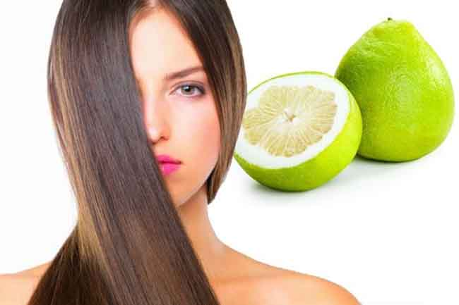 Các sản phẩm dầu gội có chiết xuất từ Bưởi sẽ rất tốt để hỗ trợ trị rụng tóc.